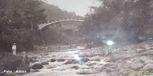 Jembatan Batu Desa Lolong Tahun 1922