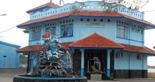 Gedung Sea World Mini Wisata Bahari Pekalongan