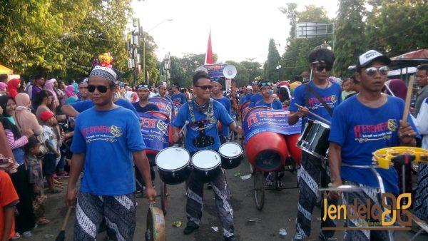 Grup Musik Rampak Kesemek Medono