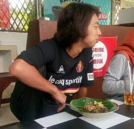 Contoh Makan Samping Tingkring