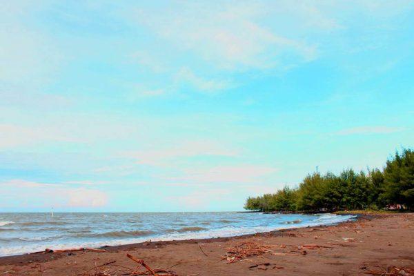 Pantai Slamaran Pekalongan