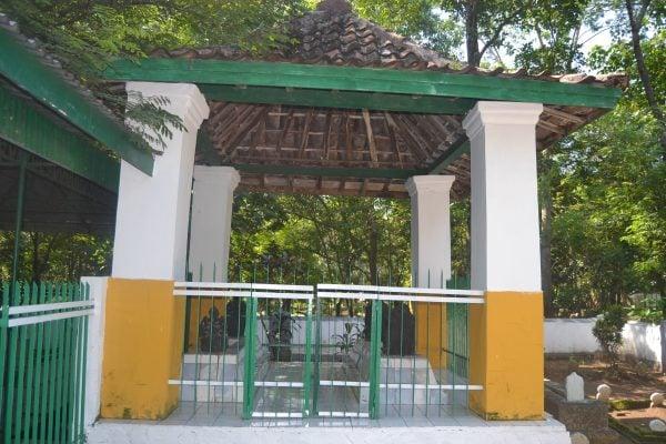 Makam Bupati Tumenggung Adipati Djayadiningrat