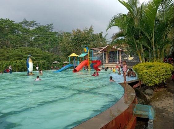 kolam Renang Bina Garut Batang