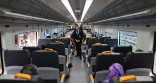 Kereta Api Kelas Eksklusif