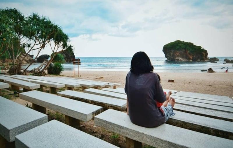 12 Rekomendasi Wisata Pantai Gunung Kidul Yogyakarta Terbaik 2020 Cintapekalongan Com Ruang Informasi Kreasi