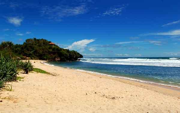 Pantai Sundak Gunung Kidul