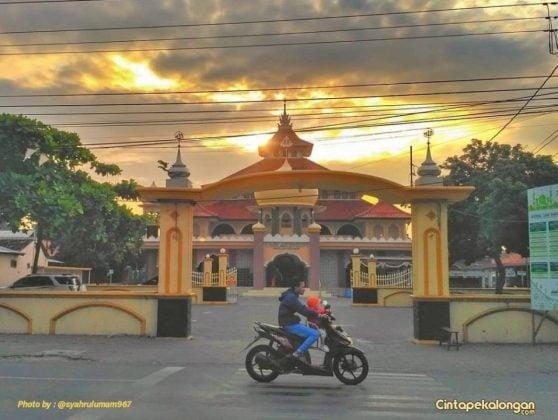 Masjid Asy Syafii Pringlangu