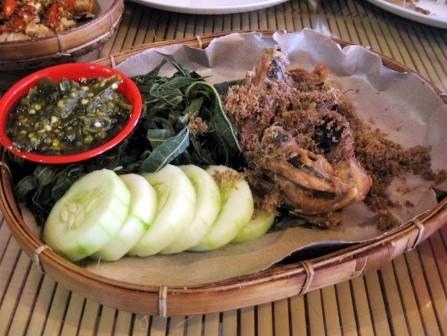 Ayam Goreng Lombok Idjo Tegal