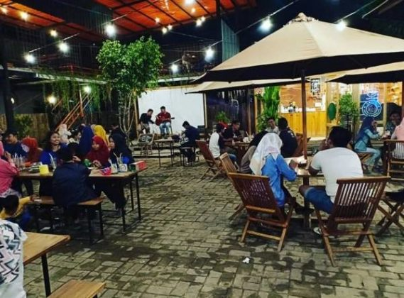 Uncle Cafe and Resto