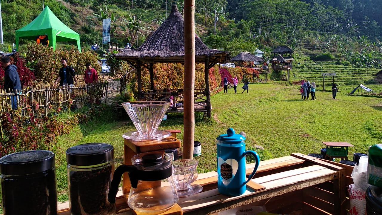 Black Canyon Coffee Camp