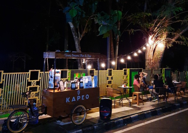 Kapeo Kopi On The Street