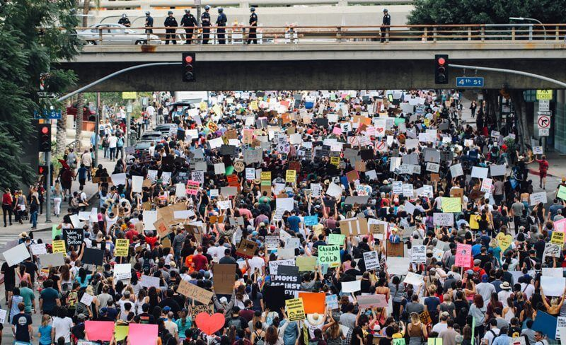 Demo Diawasi Polisi