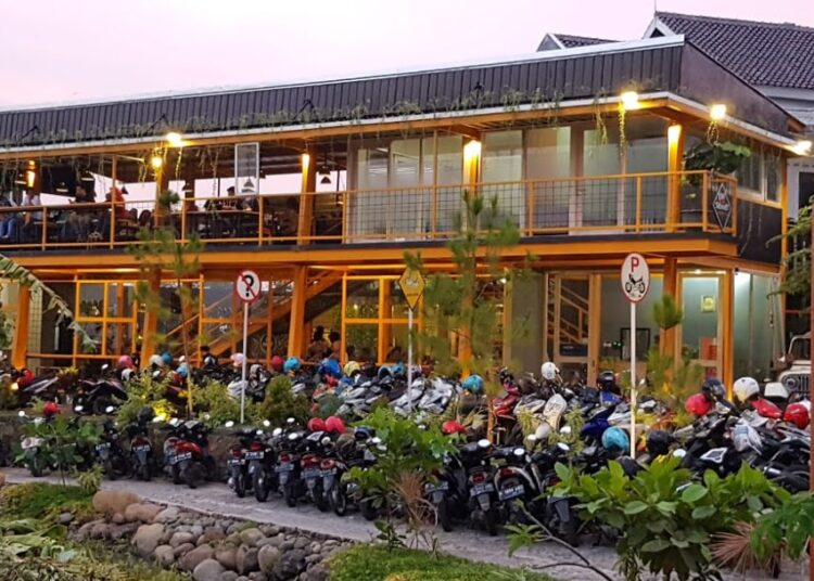 Kopi Senthet kampoeng Rider Kendal